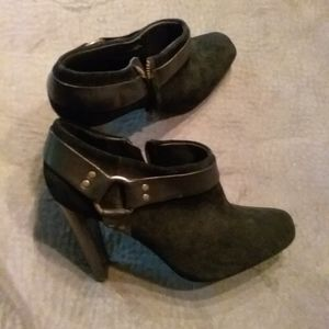 Jessica Simpson ankle boots